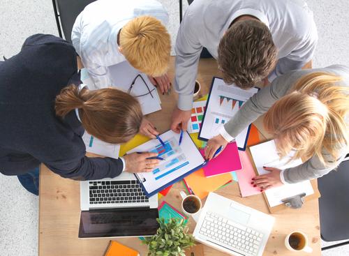 מדהים שותף לעסק | יתרונות מול החסרונות | מונופולי לוח ממוקד לעסקים NC-37